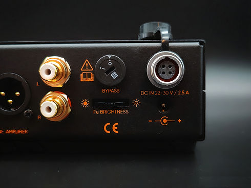 Ferrum Audio OOR HPA right rear view_photos_v2_x2.jpg