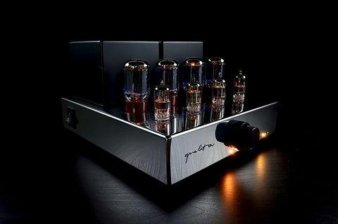 Audio Hungary Qualiton A20i Integrated tube amplifier