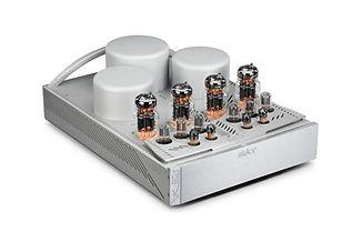 BAT_VK_90t_Power_Amp_Silver_06_High_Angl