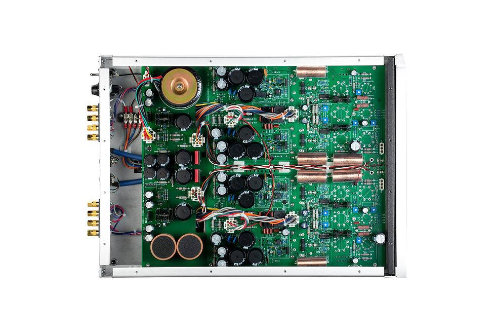 BAT_REX_3_Power_Amplifier_Silver_05_Interior_Gen3.jpg