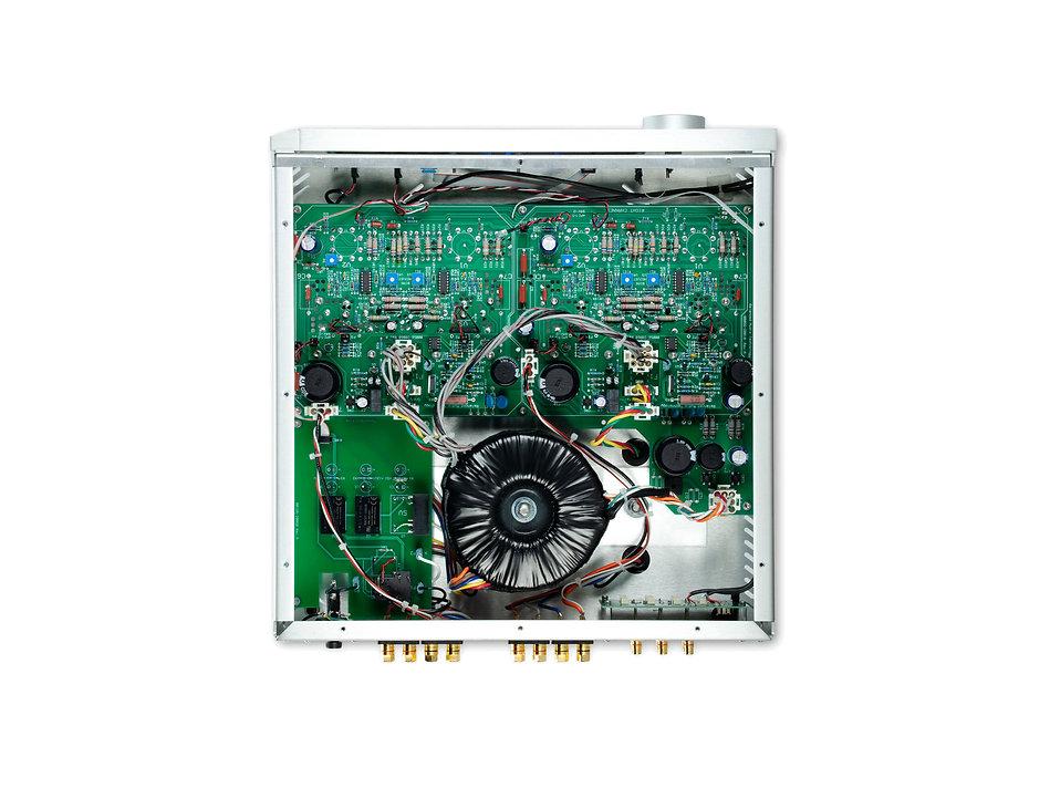BAT_VK_80i_Integrated_Amplifier_Silver_Inside.jpg