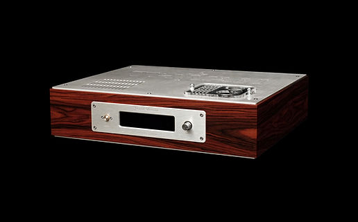 Thivan Labs Grand Pre Tube Preamplifier Front Angle View_auto_x1_toned_light_ai.jpg