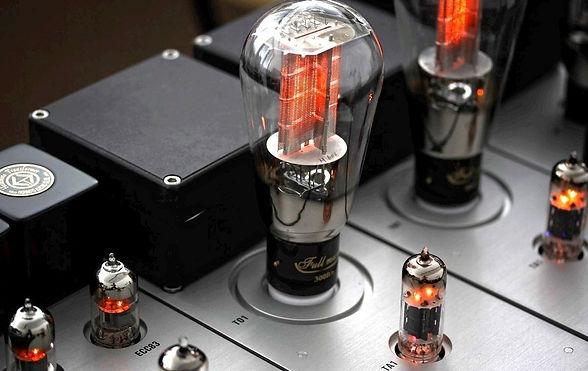 Swissonor PX25 Tube amplifier