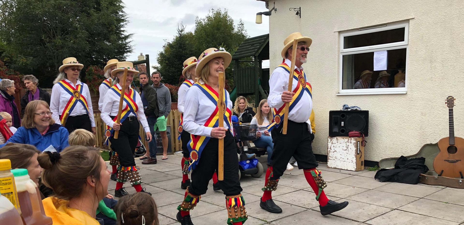Mendip Morris dancers