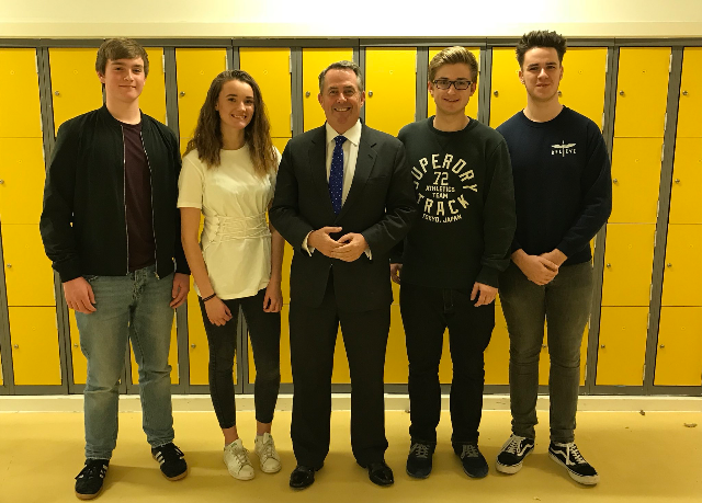 MP visits Nailsea School