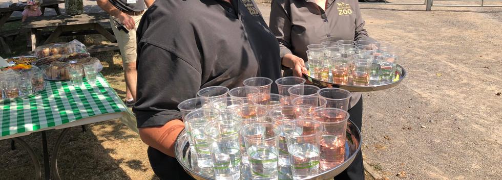 serving drinks 2.JPG