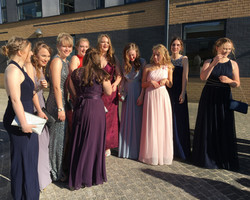 NS prom 9