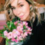 Que nunca nos falte flor, nem amor 🌸. #