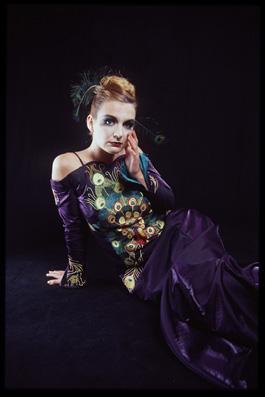 Langes violettes Kleid