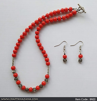 Lolita, red and silver beaded choker German silver necklace set with rose design