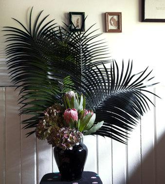 Vanita Floral 4.jpg