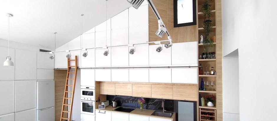 '2 Tonne' Kitchen