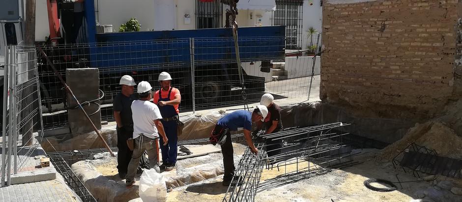 While the sun shines 'pour concrete'