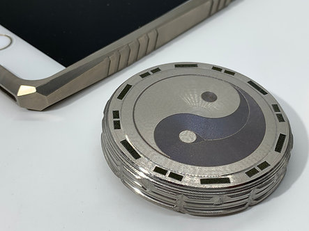 Yin-Yang STROBE effects Titanium Giga-Tron Spinning Top for Stress relief