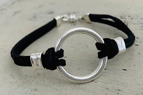 Endless Ring Microsuede Bracelet Kit Black