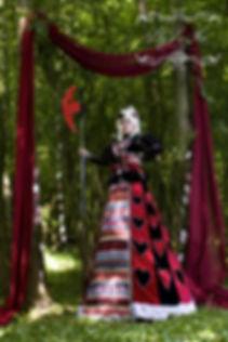 Queen of Hearts Stilt-Walker