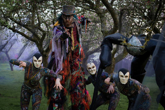 Puppet Master and Harlequins, Halloween entertainment