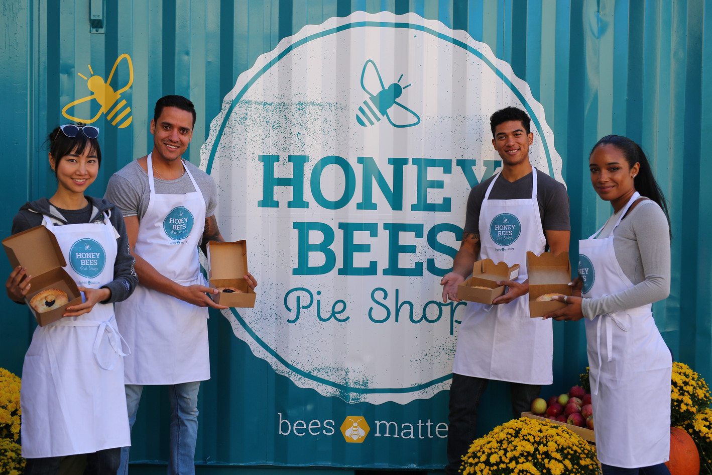 Honey Bees Pie Shop