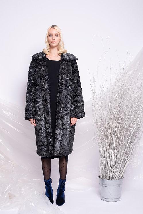 Coatfaux fur