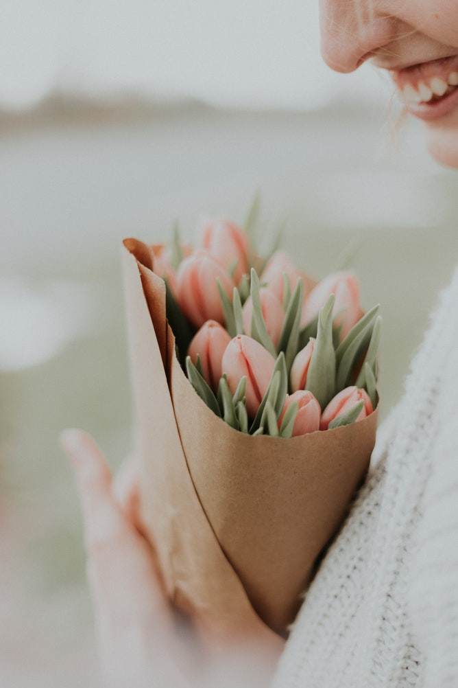 Five Reasons You Should Send Flowers To  Your Mom This Mother's Day