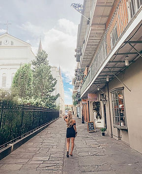 Exploring these pretty streets 💃🏼.jpg