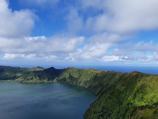 Сете Сидадеш, Азорские острова