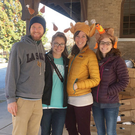 Turkeypalooza: Carving out Thanksgiving meals