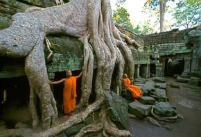 S'CAPE TRAVEL /// Les mille sourires du buddha