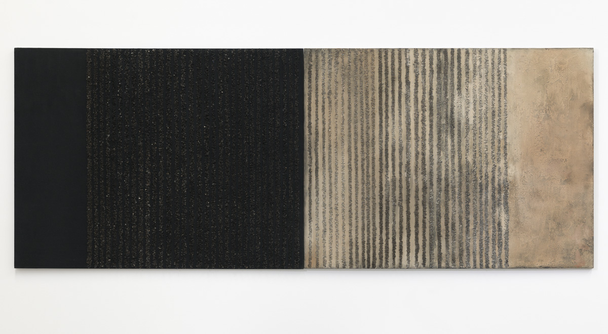 07. Granite, Charcoal and Granite Stones - Shifting Sands 2017, 122 x 320 cm, granite, charcoal, san