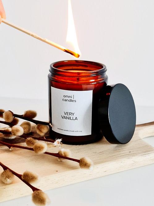 omni | candles - very vanilla