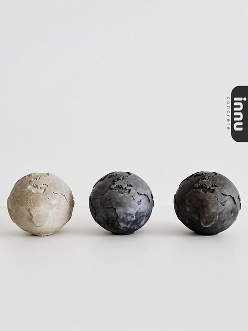 Innu Concrete Globes - Charcoal