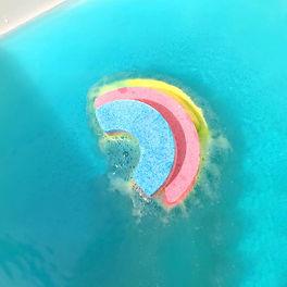 rainbow_bath_bomb_2_3a076c68-83f2-463f-8