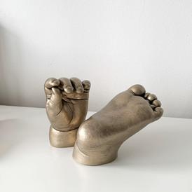 Freestanding casts