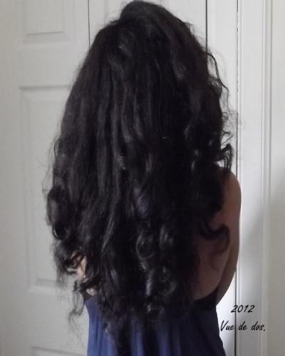 longs cheveux défrisés ou assouplis