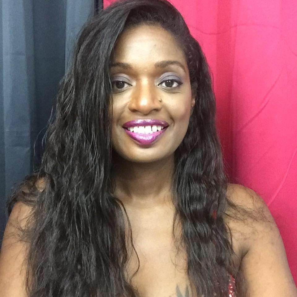 sandra cerise blogueuse cheveux défrisés