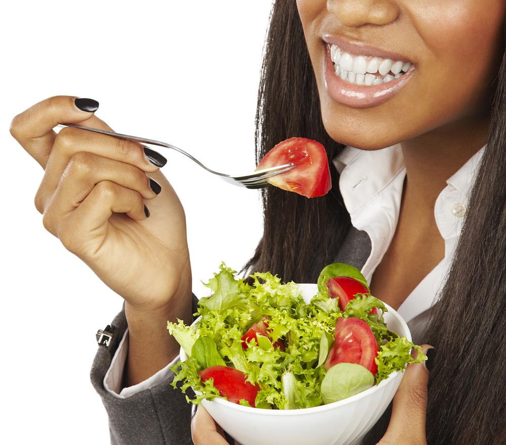 salade et pousse de cheveux