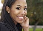 6 erreurs beauté qui nous causent de l'acné et des tâches