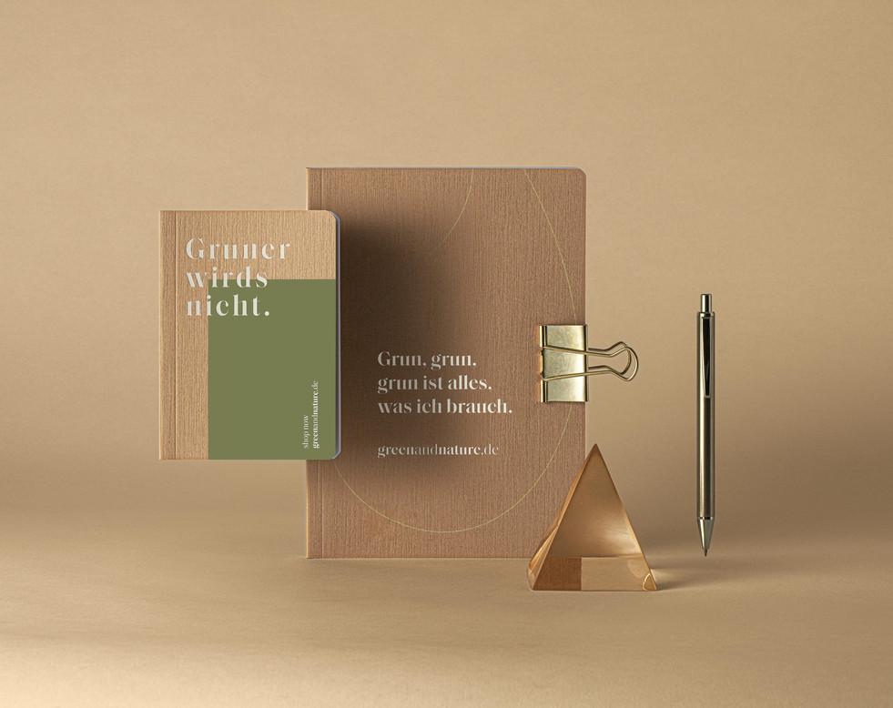 Kraft-Wood-Notebooks- Elegant-Set-Mockup