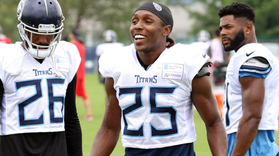 Action Jackson: Titans CB Adoree' Jackson intercepts two passes, and does two backflips