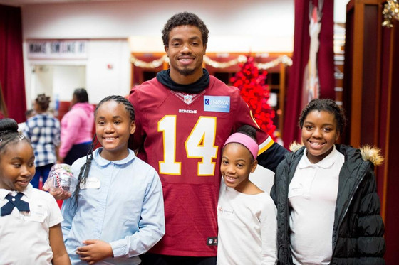WRCF hosts annual Skins Santa Shoppe at FedEx Field