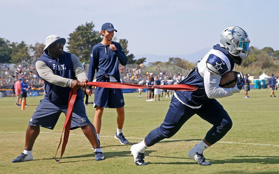Cowboys seeing leaner, more serious-minded Ezekiel Elliott; 'He's ready to go'