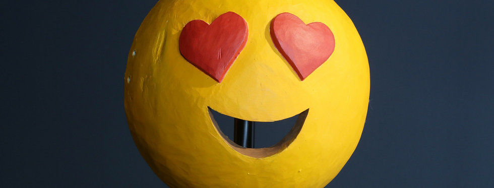 """Claudia Larcher, face2face / Mask """"smiling face with heart-eyes"""", 2020"""