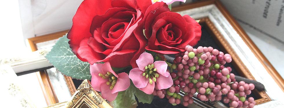 HA070:赤バラの髪飾り