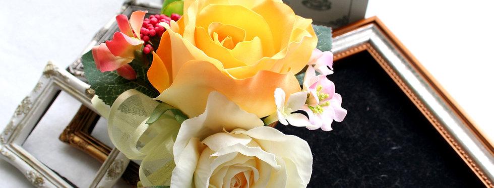 CS017:黄色のバラのコサージュ