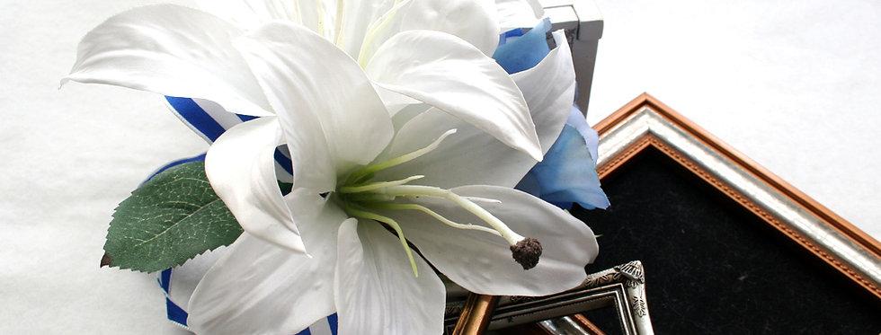 CS034:白色カサブランカのコサージュ