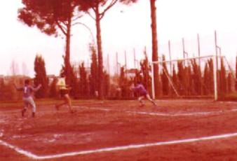 1972 - 1973 1° cmpionato Vaticano campo del Collegio Brasiliano fase di gioco tra le squad