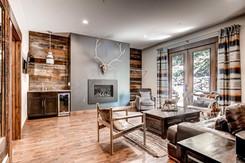 Luxury Groom's Lounge at Blackstone Rivers Ranch