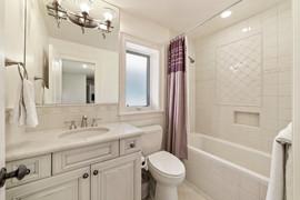 Rachel Betz Real Estate 155 Forest St Hilltop 049