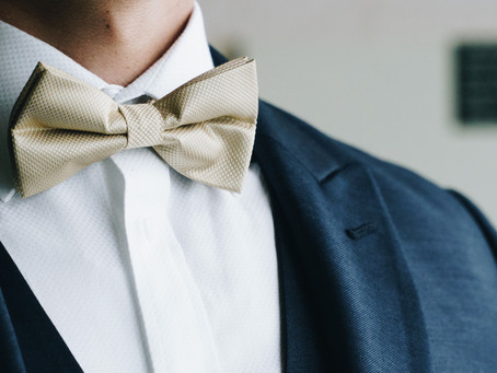 WHAT SHOULD GROOMS BE SURE TO DO ON THEIR WEDDING DAY?
