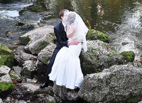 THERE IS SOMETHING SIMPLY MAGICAL ABOUT GETTING MARRIED ON THE RIVER